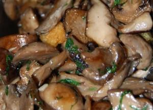 mushrooms-garlic-parsley-1